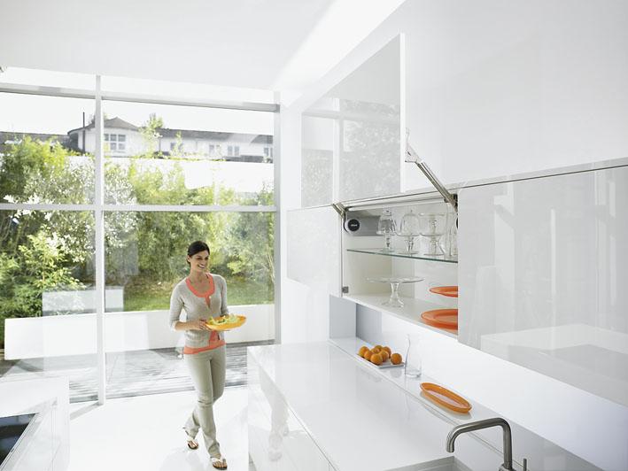 JUVA/® powered by H/ÄFELE L/änge 2104 mm Design Glasschiebet/ür-Beschlag Set Wand-Montage Schiebet/ürbeschlag Slido Design 70-V//100-V Laufschiene Edelstahl matt geb/ürstet KOMPLETT-SET